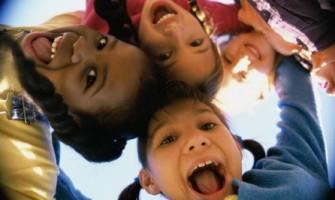 Crianças, por Graça Galindo
