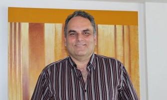 Confira entrevista com Marco Menelau, médico pioneiro na pesquisa dos Florais do Nordeste
