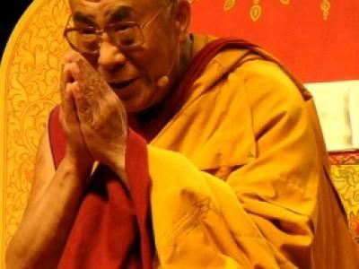 'As mudanças começam quando você, pela primeira vez, identifica e reconhece suas ilusões', por Dalai Lama