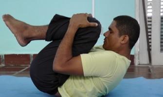 Aulas de Yoga Integral e Acqua Yoga no Espaço Gerar
