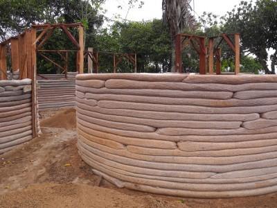 Vivência em Bioconstrução dia 11 de abril no sítio MahaBhumi