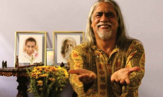 Horivaldo Gomes lança o livro 'Manual de Yogaterapia' no Espaço Gerar