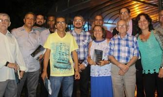 Poetas do Cabo de Santo Agostinho lançam coletânea nesta quinta-feira