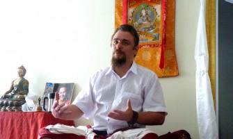 Lama Jigme Lhawang realiza no Recife o retiro 'Buda da Medicina'
