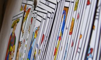Curso Básico de Tarot online, com Glaucia Schatzmann