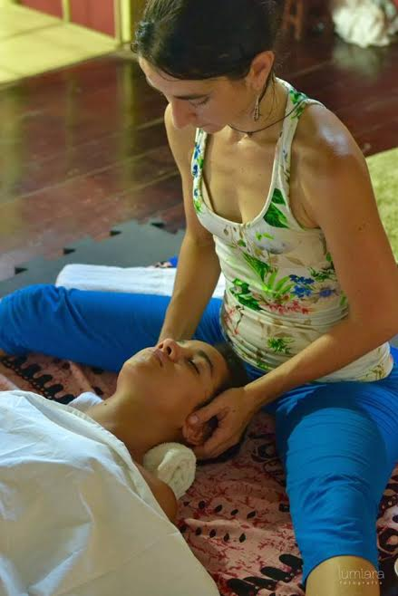 drica ayub massagem