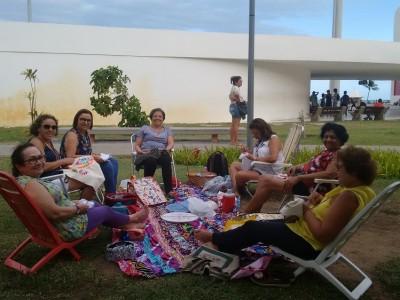 [AGENDA PE] Roda de Fiar promove o encontro 'Bordado livre na rua' dia 6/5 no Parque da Jaqueira
