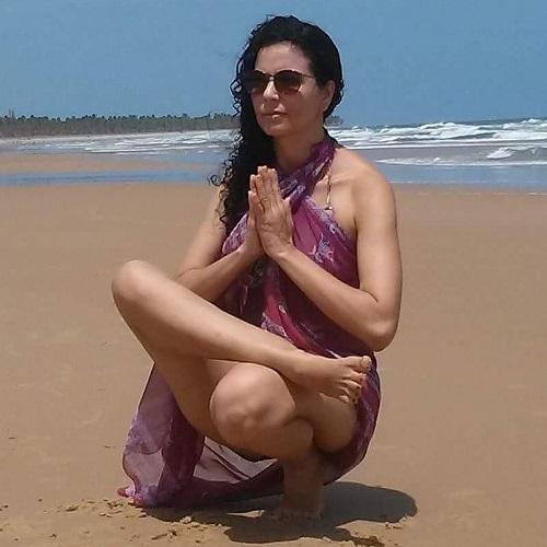alexandra instrutora yoga