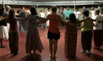 [AGENDA PE] Baile de Dança Circular Sagrada dia 30/6 no Espaço Circular