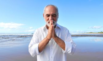 'Oração ao Divino', por Sri Prem Baba