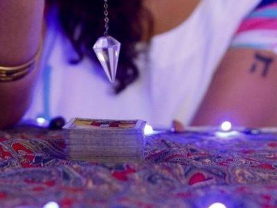 [AGENDA] Curso On-line de Tarot com Sabrina Carvalho
